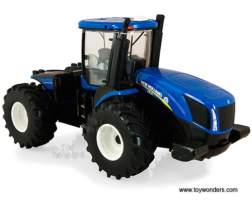 T9.560 Tractor